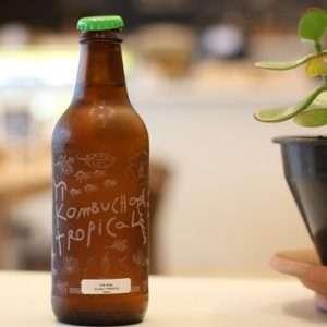 kombucha-bottiglia cibo fermentato